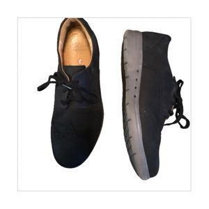 Clarks Hinton Oxford shoes